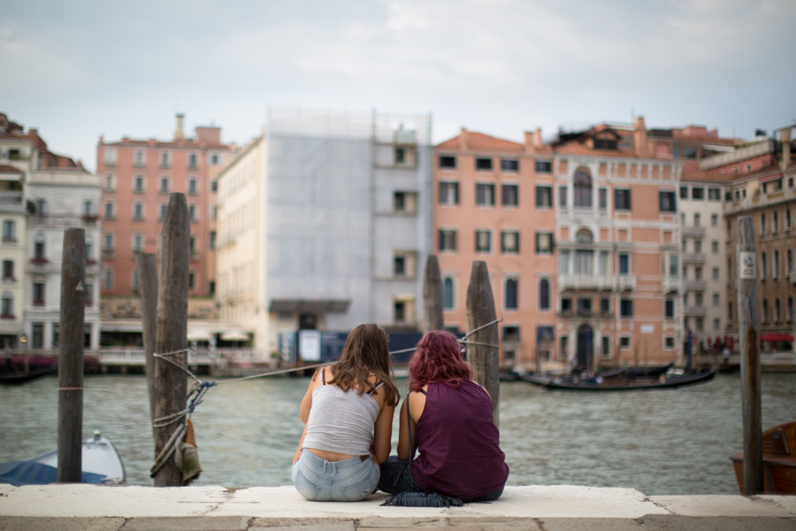 Unexpected couples based Venice Photo Tour