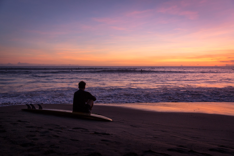 Surf & Sunsets help happiness-batu-bolong-beach-surf
