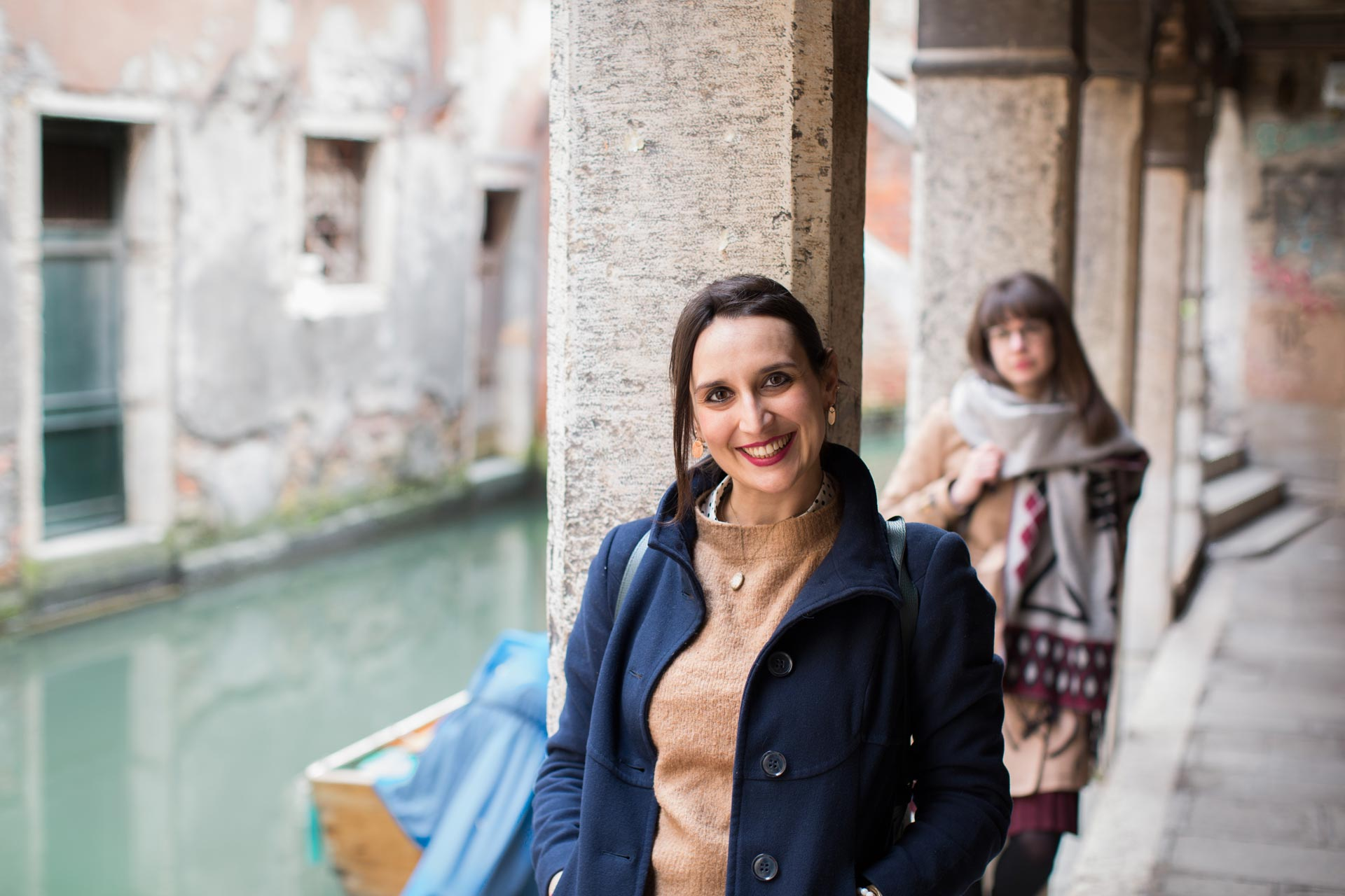 San-Polo-Calle-Luganegher-Francesca-Carina-portrait-photo-shooting-sunset-Venezia-Venice