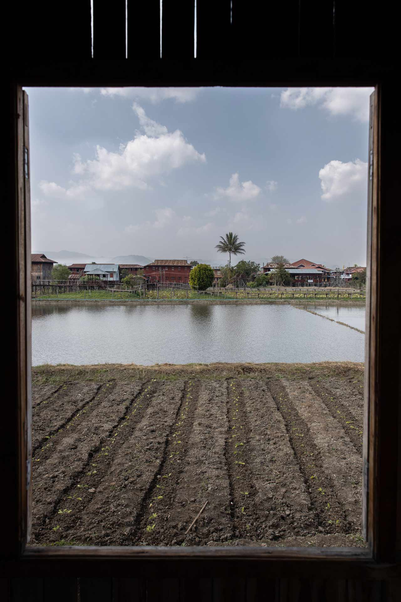 Beautiful views around along Inle Lake